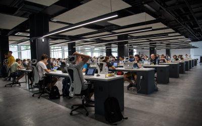 Nadchodzi rewolucja – budowanie doświadczeń klienta w2030 r.