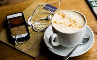 Kto wPolsce słucha podcastów?